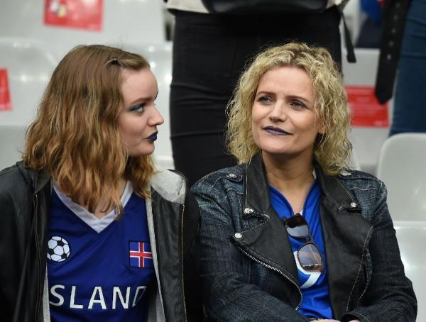 Horozlar, İzlanda'ya acımadı galerisi resim 4