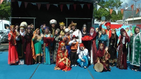 Almanya'da Türk kıyafetleri defilesi galerisi resim 1