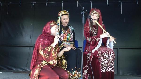 Almanya'da Türk kıyafetleri defilesi galerisi resim 7