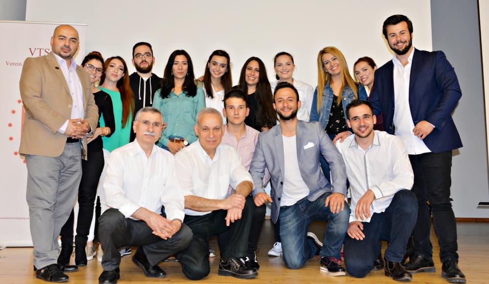 Türk Üniversiteliler Derneği'nden iftar galerisi resim 6