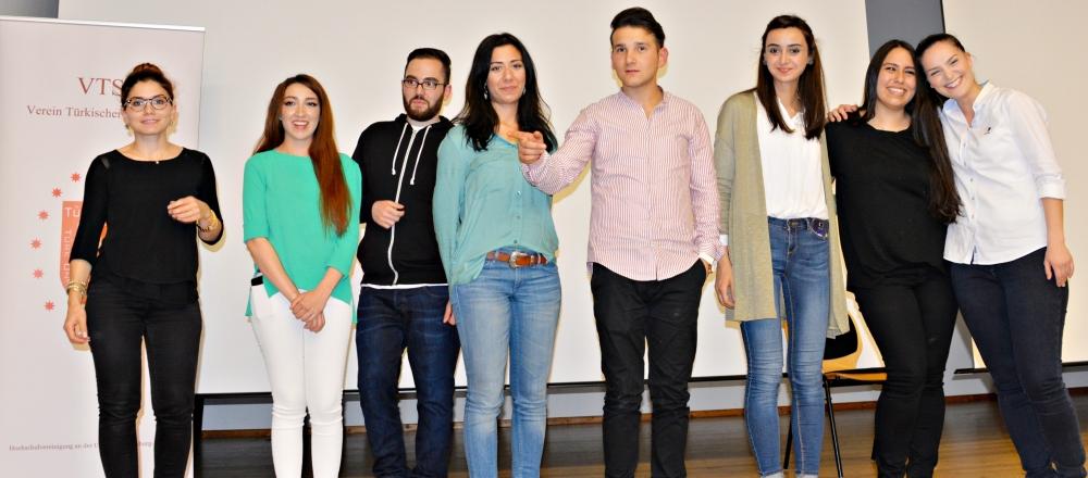 Türk Üniversiteliler Derneği'nden iftar galerisi resim 7