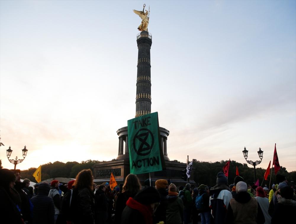 Çevreciler, Alman hükümetini protesto etti galerisi resim 1