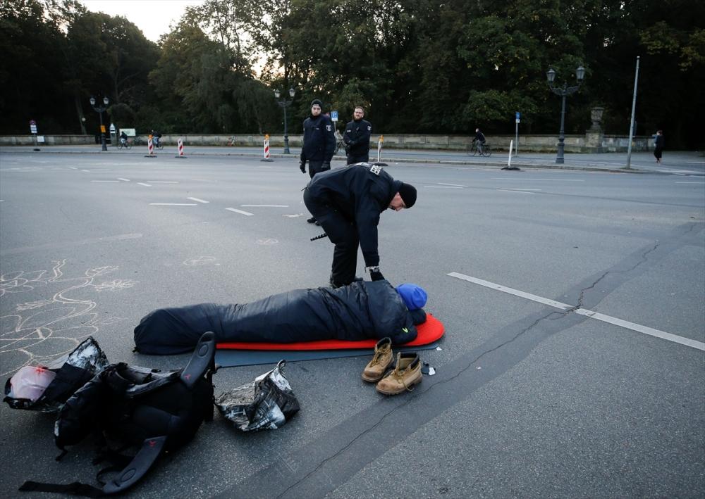 Çevreciler, Alman hükümetini protesto etti galerisi resim 24