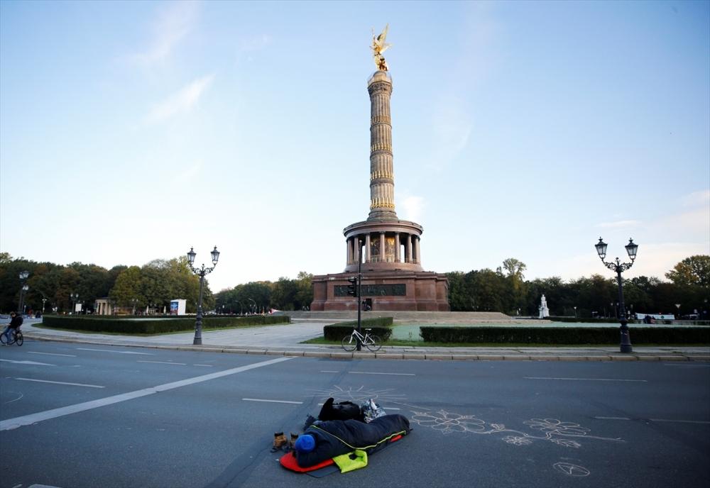 Çevreciler, Alman hükümetini protesto etti galerisi resim 5