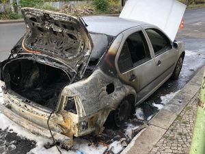 Berlin Büyükelçiliği'ne ait araç kundaklandı