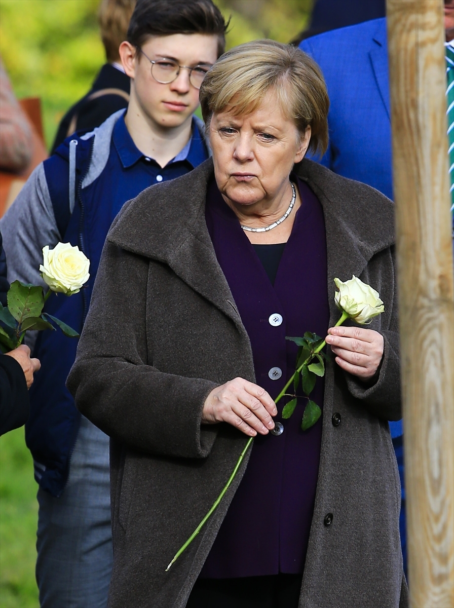 Merkel'den NSU kurbanları anıt parkına ziyaret galerisi resim 12