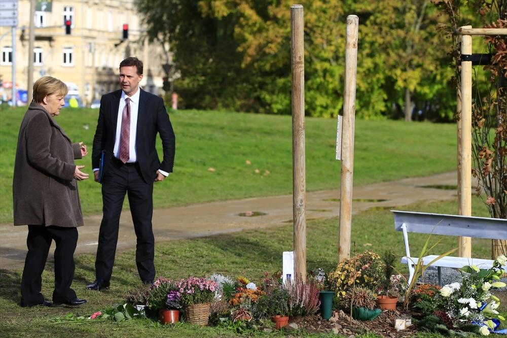Merkel'den NSU kurbanları anıt parkına ziyaret galerisi resim 14