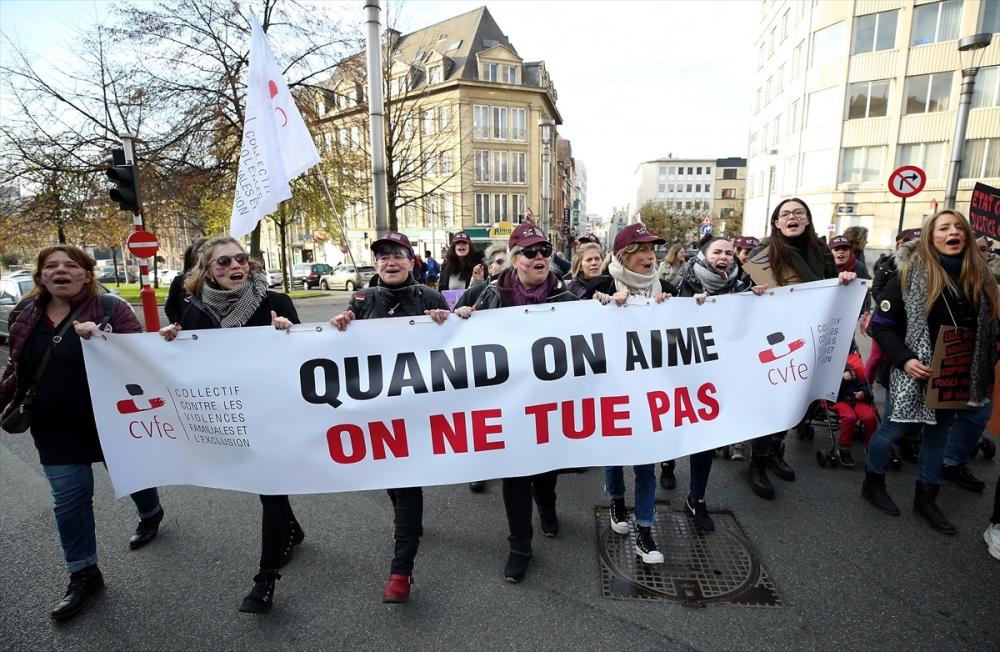 Brüksel'de kadına karşı şiddet protesto edildi galerisi resim 1