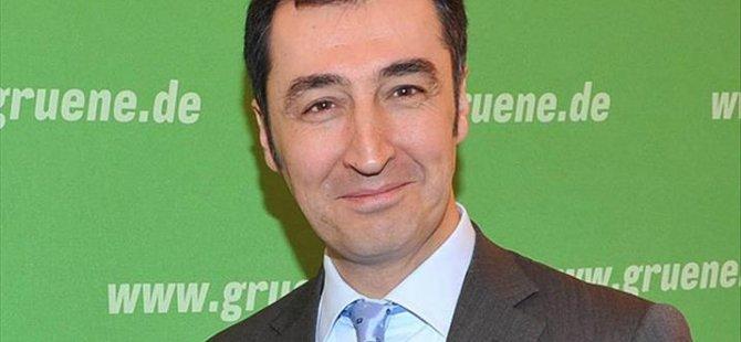 Cem Özdemir CHP'yi eleştirdi