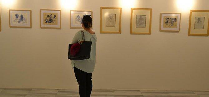 Fikret Mualla'nın akıl hastanesindeki çizimleri sergileniyor