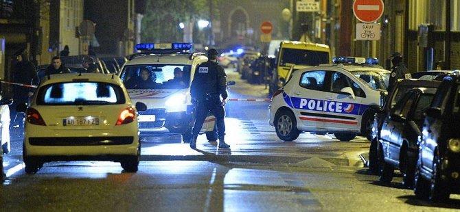 Paris'te rehine krizi: 3 ölü