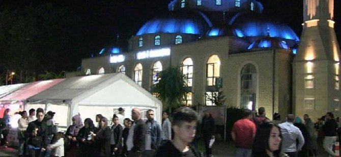 Almanya'nın 'Sultanahmet Cami'si dolup taşıyor