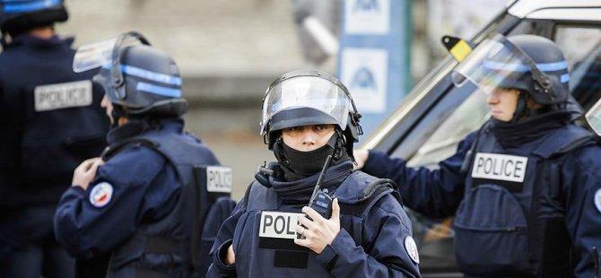 Paris Başkonsolosluğu'na saldırı girişimi