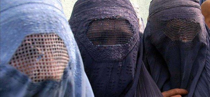 Almanya'da burka ve nikap yasaklandı