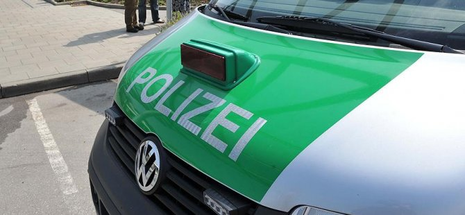 Almanya'da gözaltında tecavüz