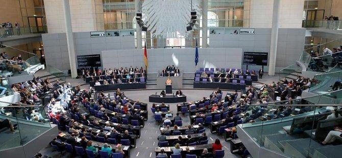Alman vekiller 10 bin avro maaş alacak
