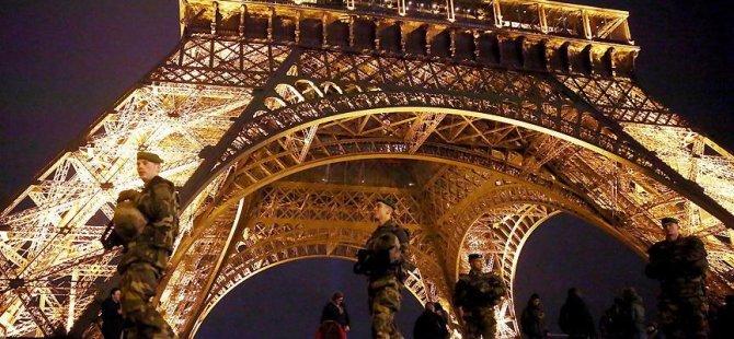 Paris'e gelen turist sayısı azaldı