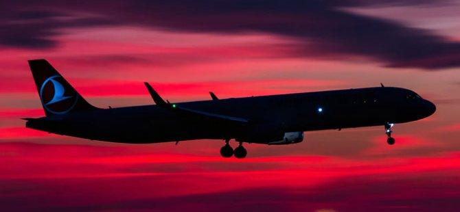 Frankfurt uçağında fenalaşan yolcu öldü