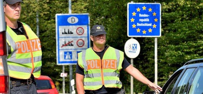 Almanya sınırında 7/24 kontrol