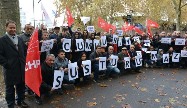 CHP üyelerinden Cumhuriyet'e destek