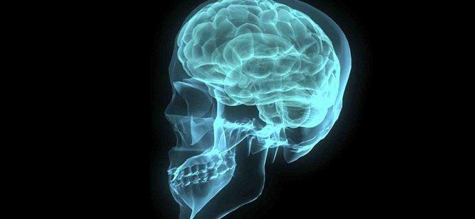 Koronavirüs, beyinde de hasar yapıyor