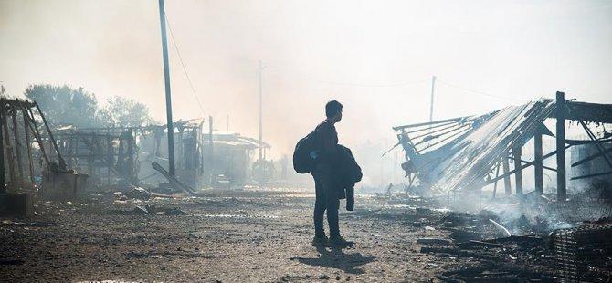 Suça karışan mültecilere sınır dışı