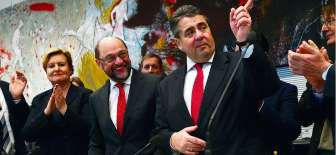 SPD'den büyük koalisyona yeşil ışık