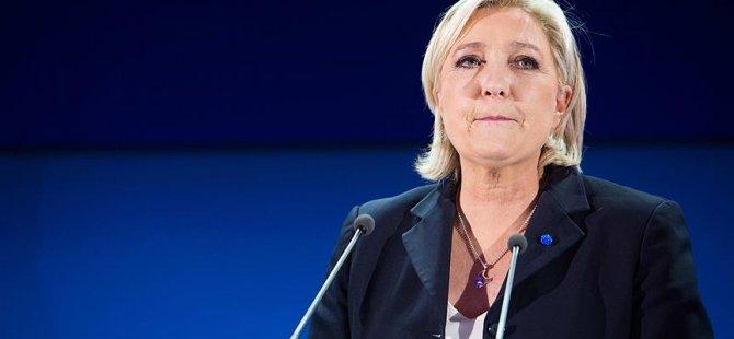 AP ve Le Pen arasında sahte danışman krizi