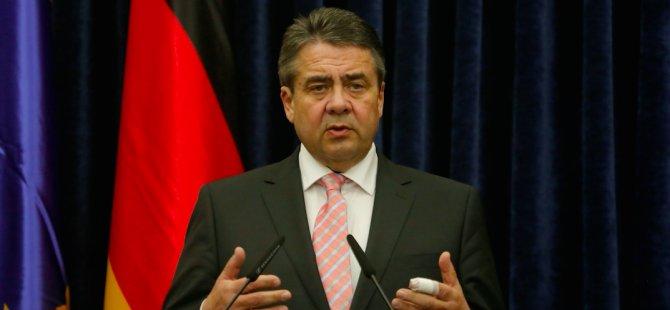 Almanya: 'Hayır'cılardan vize istemeyelim