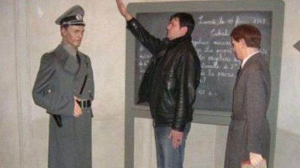 Nazi selamıyla şaka olmaz