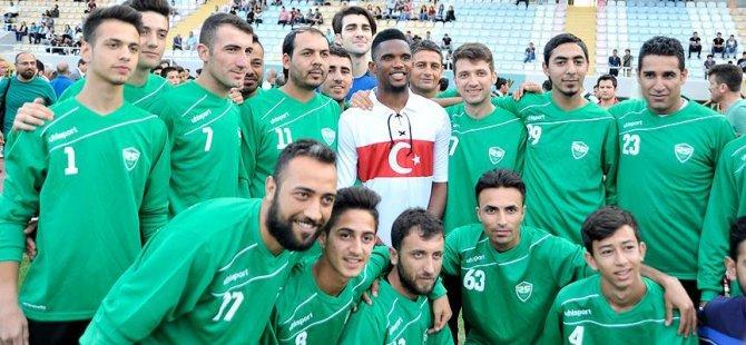 Eto'o Türk Milli Takımı formasını giydi