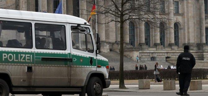 Berlin'de Kürt gruba saldırı
