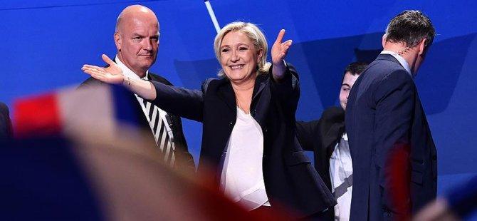 Le Pen, Fransızlardan borç istedi