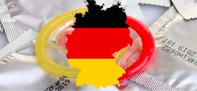 Almanya'da prezervatif zorunluluğu yarın başlıyor