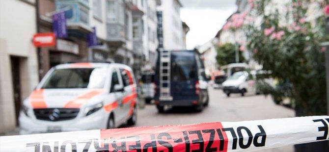 Testereli saldırgan dehşet saçtı: En az 5 yaralı