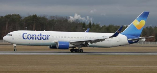 Uçakta seks skandalı iddiası