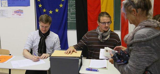 Almanya'da resmi seçim sonuçları açıklandı