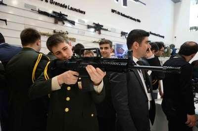 """""""IDEF'15""""de yüzde yüz yerli üretim silahlarına ilgi büyük"""
