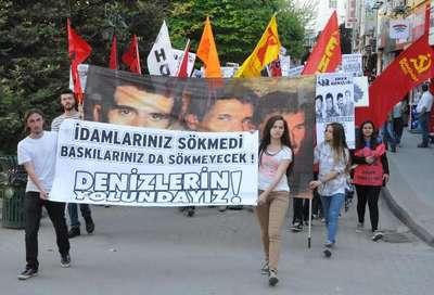 Eskişehir'de 200 kişi 'Denizler' için yürüdü
