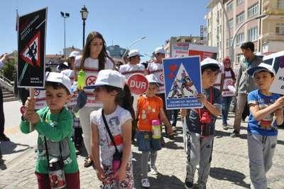 Karaman'da 'Trafikte Saygı Yürüyüşü'