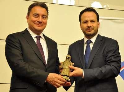 Ali Babacan: Türkiye'deki yatırımların yüzde 80'nini özel sektör yapıyor (3)