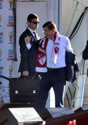 Davutoğlu: Üçlü eş başkanlık getirsinler; Paralel, CHP ve HDP olsun (Ek fotoğraflar)