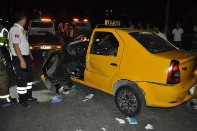 Ters yöne giden otomobil kazaya neden oldu: 1 ağır yaralı