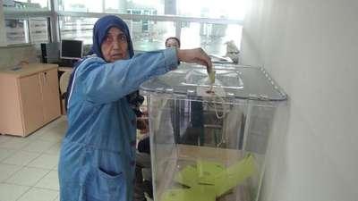 Gümrüklerde oy verme işlemi başladı