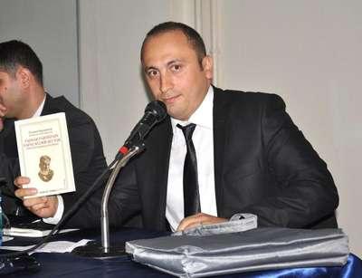 Okutman Ümit Akın: Soykırım diyenler Ermeni raporunu açıp okusun
