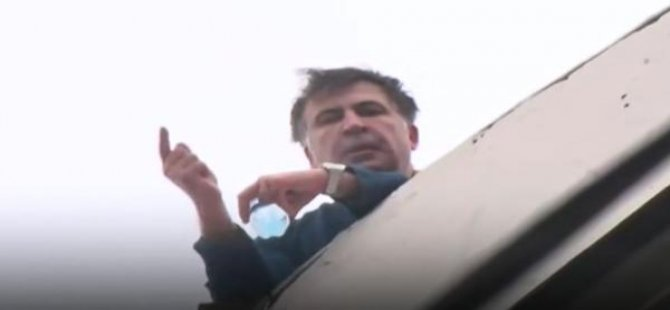 Çatıya çıkıp, 'intihar ederim' dedi, gözaltına alındı