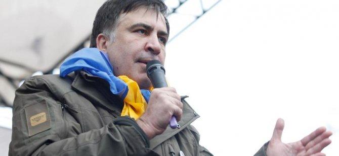 Saakaşvili Ukrayna'ya dönüyor
