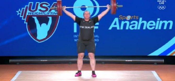 Trans sporcu bir ilke imza attı