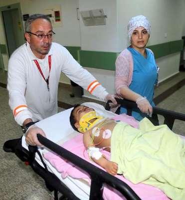 2'nci kattan düşen Iraklı çocuk ağır yaralandı