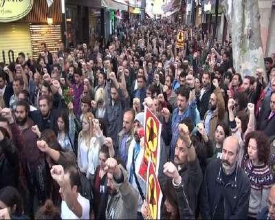 Kadıköy'deki öğretmen cinayeti gözyaşlarıyla protesto edildi